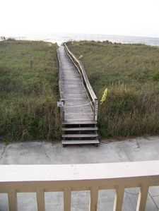 Direct ocean front - just cross the dunes on the private walkway