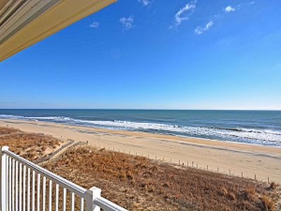 Photo for Cozy, cute and remodel 2-bedroom luxury oceanfront condo with free WiFi, great coastal decor, and an outdoor pool located midtown!