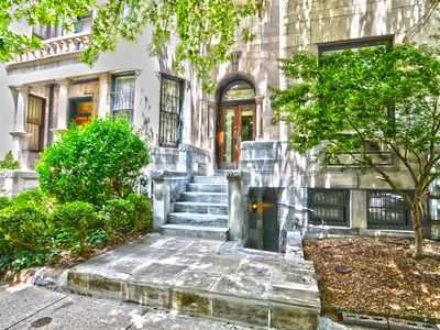 Photo for Tall and Airy Dupont Circle Apt for 6 Great for Small travelling families