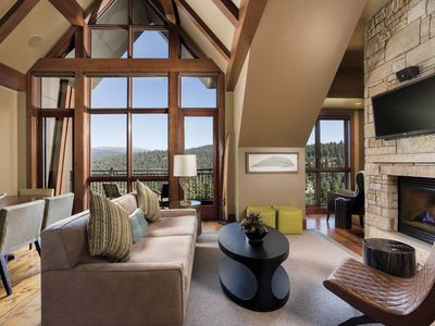 Photo for Most Luxurious 3br Condo in Tahoe - Ritz-Carlton Club!!