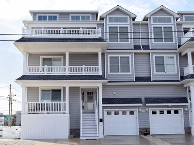 Photo for 6BR Townhome Vacation Rental in Sea Isle City, New Jersey