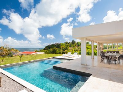 Photo for Villa Pétronille, luxury villa rental with pool and sea view