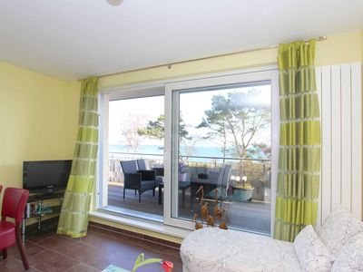 Photo for 05: 45 m², 2-room, 3 pers., Roof terrace, sea view, WL, H - F-1072 House on the beach in Juliusruh