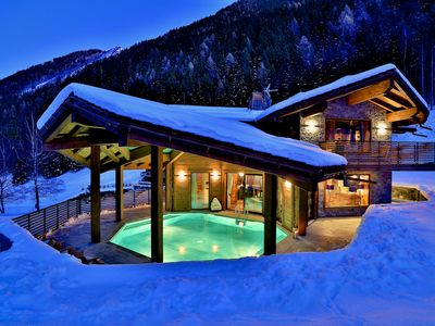 Photo for Luxury Chalet with indoor swimming pool