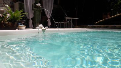 Photo for Magnificent house with 3 suites, pool with hydro, 04 wcs, SKY, Wifi, Netflix and peace ...
