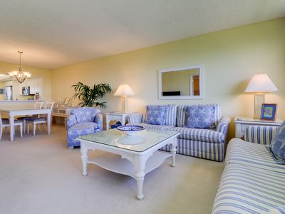 Photo for Loggerhead Cay #314: Stunning East End Condo Steps to Sanibel Beaches!
