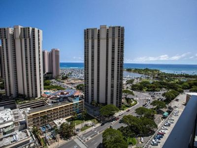 Photo for Ala Moana 1 BR Suite 18-26