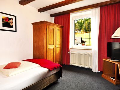 Photo for Single room street side Mountain View - SEEHOTEL SCHLIERSEER HOF