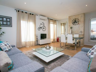 Photo for Apartment in the center of Barcelona with Lift, Internet, Washing machine, Air conditioning (1031047)