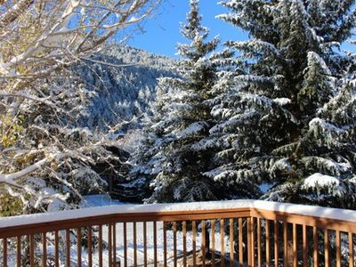 Photo for Updated Eagle-Vail 4 bedroom Duplex with Hot Tub and Sauna. Sleeps 12.