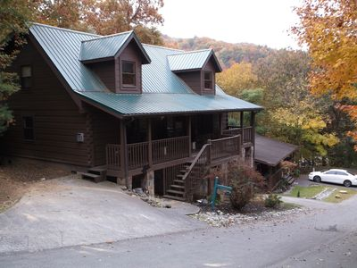 4 Br Cabin; Community Pool; Close To Glades Road