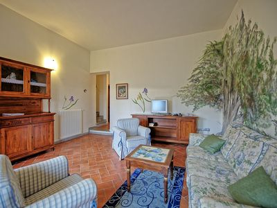 Photo for 3 bedroom Apartment, sleeps 8 with Pool and FREE WiFi