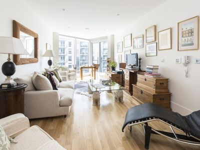 Photo for Battersea Reach - luxury 2 bedrooms serviced apartment - Travel Keys