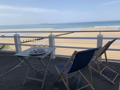 Photo for Privileged location - Magnificent sea view - Plage du Sillon-Rochebonne