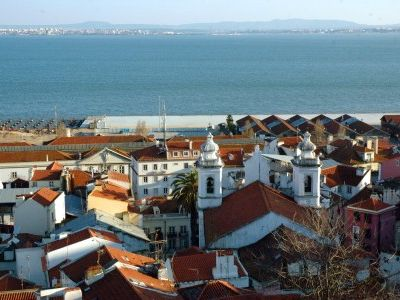 Photo for Apartment in the unique Alfama with Wifi (free Airport transfer included)
