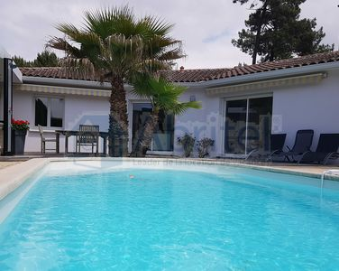 Photo for BEAUTIFUL VILLA CAPBRETON WITH HEATED SWIMMING POOL GARDEN TERRACES