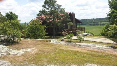 Calico Rock Cabin-500 Calico St(390 Chessmond Ferry Rd) viewing the White River