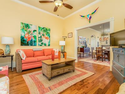 Photo for Adorable, dog-friendly home in the heart of Galveston- close to all the fun