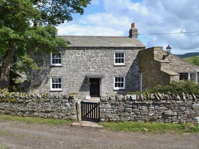 Photo for 4 bedroom accommodation in Barras near Kirkby Stephen