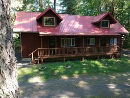 Photo for 2BR Cabin Vacation Rental in Gates, Oregon