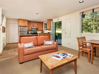 Photo for Snowmass Mountain & Restaurants Just 200 Yards Away. Outdoor Pool/Hot Tubs. Parking, Washer/Dryer