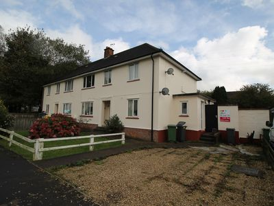 Photo for Lovely ground floor bolt hole 2 Bed Apartment