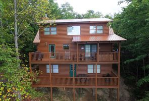 Photo for 3BR Cabin Vacation Rental in Wears Valley, Tennessee