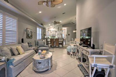 Up to 9 lucky guests can enjoy this charming South Florida beach house!