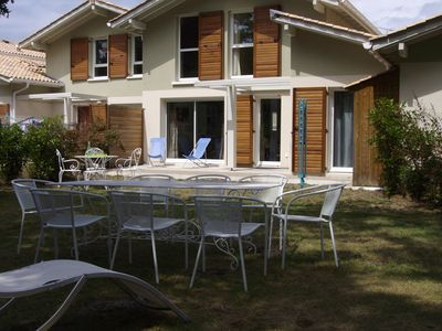 Photo for House with 4 bedrooms, close to beaches, large garden, on the edge of the forest