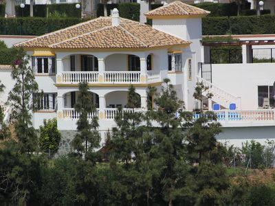 Photo for Spacious family villa near La Cala, with private pool and full air conditioning