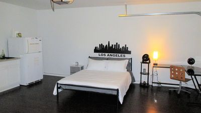 Photo for Los Angeles Studio Guesthouse 5 miles  to USC & Downtown