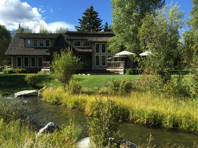 Photo for Close to the TV  Mountain Resort, westbank amenities and Grand Teton Park