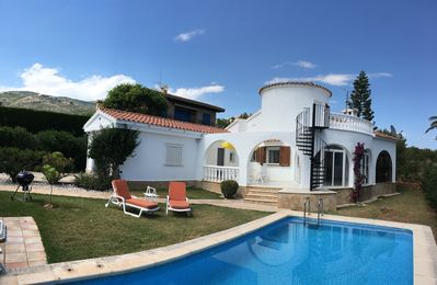 Photo for Air-conditioned 2 bedroom villa with WiFi and private pool in beautiful garden
