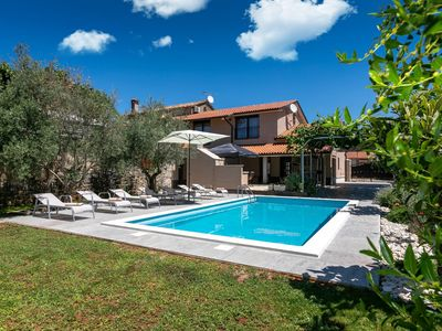 Photo for Holiday house Visnjan for 7 - 9 persons with 4 bedrooms - Villa