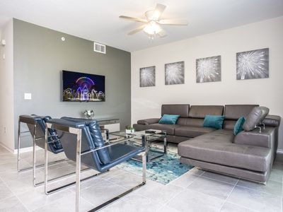 Photo for Luxurious 2 Bedroom Apartment Close to Disney 303