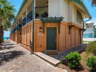 Photo for Gulf Front Townhome-Gulf Views! 2 Master Suites and 2 Sets of Seasonal Beach Service!