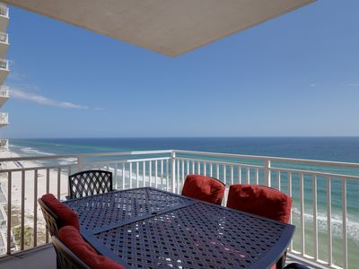 Photo for Oceanfront condo w/Gulf views, three shared pools, hot tub, & snack bar