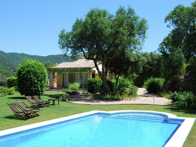 Photo for Beautiful villa in forested surroundings with private pool and large garden