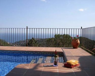 Photo for 5 bedroom Villa, sleeps 10 in Lloret de Mar with Pool and WiFi