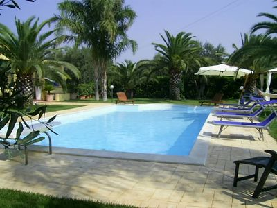 Photo for Tavern in a country villa with swimming pool