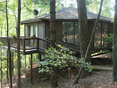 Photo for Treetop Cabin in Big Canoe.  Walk to most Amenties!  GREAT WEEKLY RATES