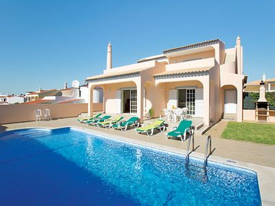 Photo for 4 bedroom villa w/pool, terrace, built-in BBQ, air con + Wi-Fi, close to beaches