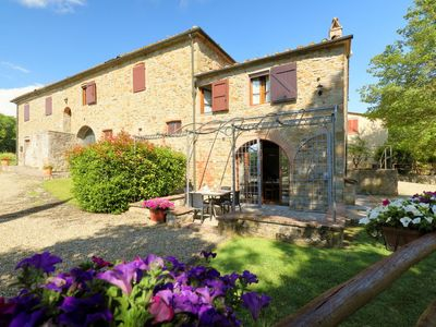 Photo for Apartment Girasole in Bucine - 9 persons, 4 bedrooms