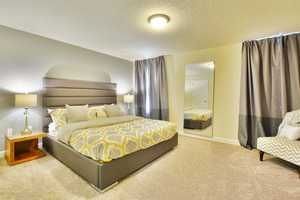 2 Master Suites, Gameroom, Jacuzzi, BBQ Grill + Resort, Free Wifi, Modern Decor!