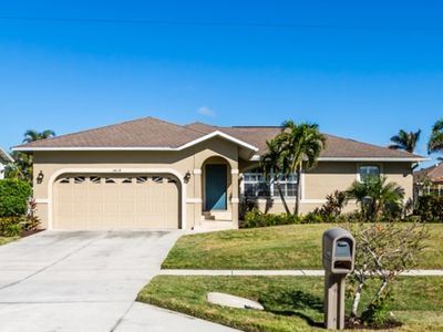 Photo for BISC1418 - Beautiful 3/2 pool home with all new furnishings.
