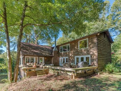 Photo for Saluda Retreat; luxury log home retreat, just outside Saluda.  Views and convenient to everything!