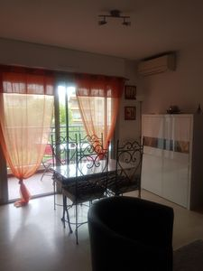 Photo for F1 Grand resid in quiet close to all shops and 5 minutes from the beach