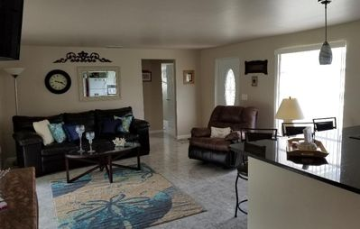 Photo for 5 Minutes to Siesta Key Beach - Clean & Quiet - Excellent Neighborhood - 2BR/2BA