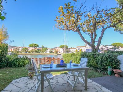 Photo for Flat for 4 persons with garden  et  12 m mooring
