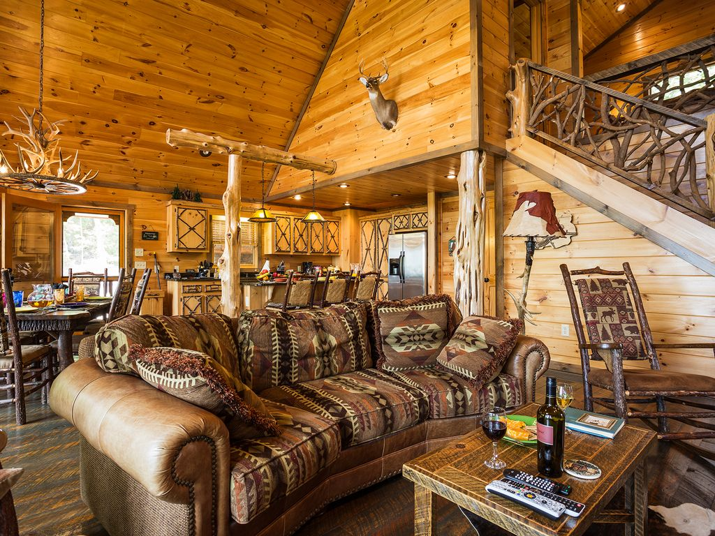 mineral bluff chat rooms 262181 mineral bluff residential, bedrooms: 5 bathrooms: 4 half baths: 1   completely restored 150 year old chink log cabin on 899 acres joining the chat.